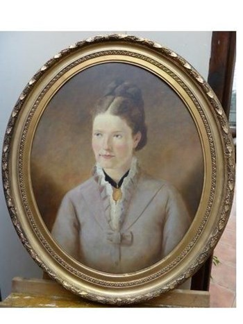 LATE 19TH CENTURY OIL PORTRAIT OF YOUNG LADY.