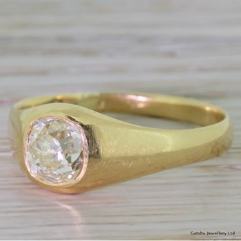 Victorian 1.07 Carat Old Mine Cut Diamond Solitaire Ring, circa 1890