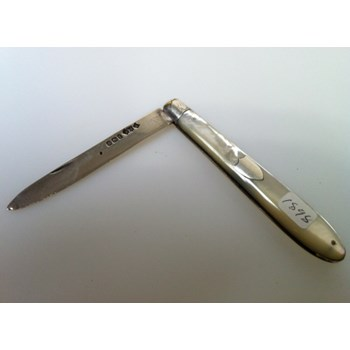 1898 Mother of Pearl Silver bladed folding knife.
