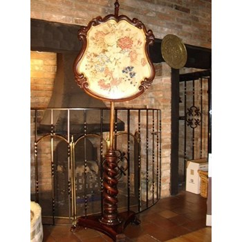 WILLIAM IV ROSEWOOD POLE SCREEN STANDING.