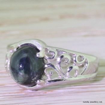Edwardian 2.50 Carat Cabochon Sapphire Platinum Ring, circa 1910