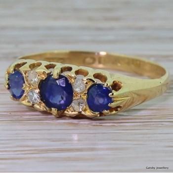 Edwardian Sapphire Trilogy & Diamond Ring, dated 1907