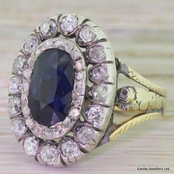 Georgian 2.75 Carat Sapphire & Old Cut Diamond Double Cluster Ring, circa 1800
