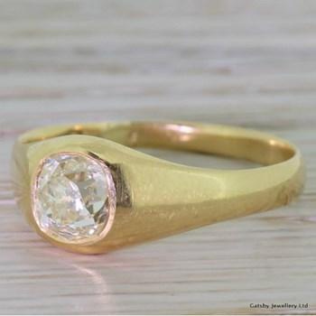 Victorian 1.07 Carat Old Mine Cut Diamond Solitaire Ring, circa 1890