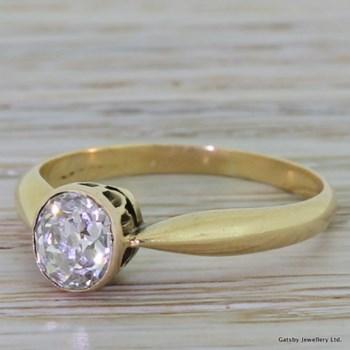 Victorian 0.90 Carat Old Cut Diamond Engagement Ring, circa 1880
