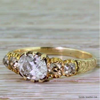 Georgian 0.92 Carat Old Oval Cut Diamond Engagement Ring, circa 1820