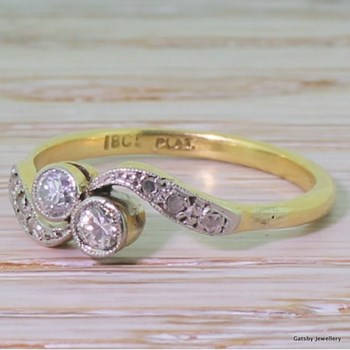 Edwardian 0.20 Carat Old Cut Diamond Crossover Ring, circa 1905