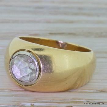 Georgian 0.90 Carat Rose Cut Diamond Gypsy Ring, circa 1800