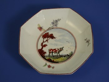 """CHELSEA RAISED ANCHOR OCTAGONAL SAUCER """"THE OX AND TOAD FABLE"""" c1753 - 1754"""