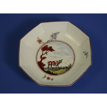 "CHELSEA RAISED ANCHOR OCTAGONAL SAUCER ""THE OX AND TOAD FABLE"" c1753 - 1754"