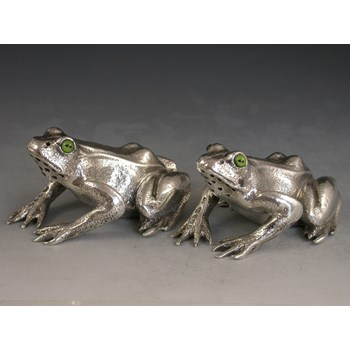 Victorian Novelty Cast Silver Peppers modelled as crouching Frogs