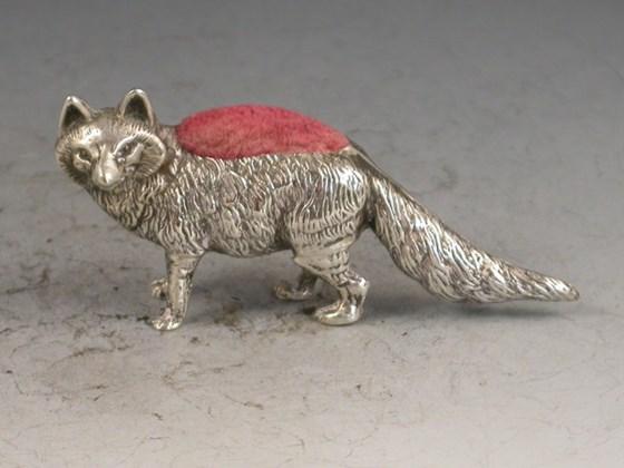 Edwardian novelty silver Fox Pin Cushion - By Levi & Salaman, Birmingham, 1905